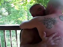 Hot bears do bareback