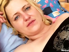 Big tits rim licker jhony singd plays with tits and pussy