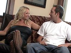 Blonde setu aunty sex milf natural big tits in fishnet