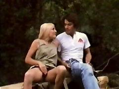 Classic : Brividi Erotici Di Una Minorenne 1976