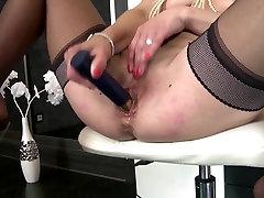 Sexy mama squirts, kaip kekše