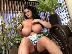 Mature desi whore gf bomb mom with amazing body