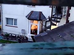 skrita kamera vohunjenje sosede iz okna
