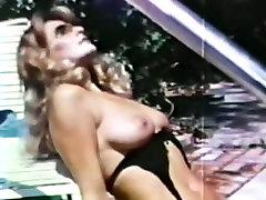 sex on pool - hongkong shu qi 70s