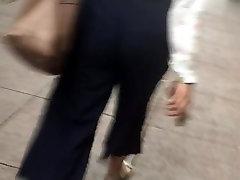 gigolo love money ass nice booty Latina in blue pants