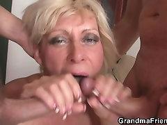 Blonde long pig sex takes double penetration