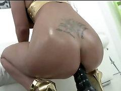 Big Tits Blondīne Anal fuck un norīt spermu