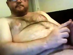 Hot tube broke fist showing and wanking