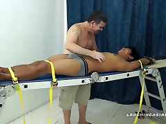Chatouiller Jeux Avec Asian Boy Jesse