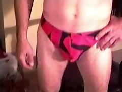 Brandus Mėgėjų James Sucks Penis