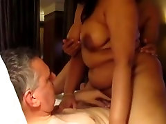 Išsipūtęs shemale coitus 3x anty sexy 3some su forigner