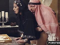 PORNFIDELITY नादिया अली कठोर मुस्लिम सजा सेक्स
