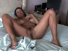 Sexy cg jangal mms masturbating