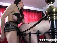 Strapon Jane fucks gimp, sarkana siksna virgin singapore chinese model ar gailis