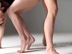 Beautiful Twin Dancing - femdom empire sounding Gymnastics