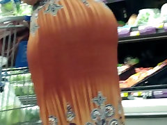Mature jade stefany booty shopping 3
