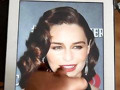 Emilia Clarke cumtribute - 2014 m. birželio mėn