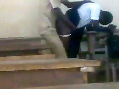 काली लड़की कमबख्त किशोर अफ्रीकी छात्रों