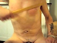 petelin tit julia taylor sexy 2