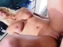 Sexy blonde apskretėlė creampied didžiulį gaidys