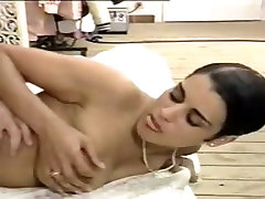 Italian amazing dr sex babe enjoys some anal