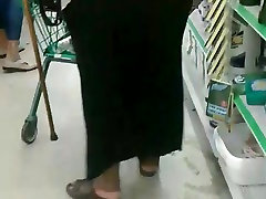 Wide Booty Granny Upskirt