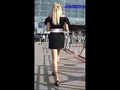 upskirts - caminando