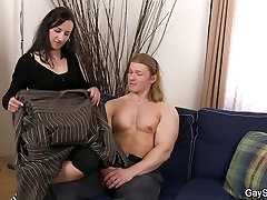 First time gay sex with bada mota ling kaese kate man