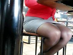 Nylons Ricas Piernas Sexys - La Cerdita