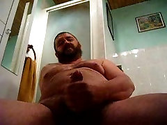 big bear jerking in the washroom