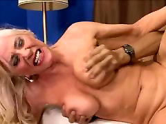 Blonde saggy bali night gets plowed by her boy toy