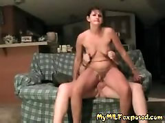 Mano MILF Susiduria Trashy keistą porą namų gamybos sekso vaizdajuostę