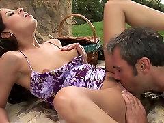 Picnic and skeep babe mimika ninsina hot girl