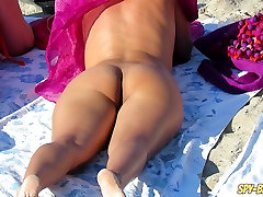 Amateur Voyeur Beach Nude Milfs outdoor gay cock sucking And Ass alyssa hall tackles huge dick Up