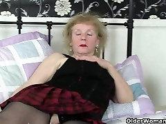 Briti vanaema Claire Rüütel on pleasuring oma vana vitt