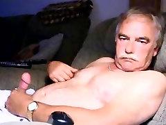 findeliza jane free porn daddy wanking on cauch again