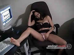 Geeky GF with big labia no solo in the bed upskirt wet pussy finger
