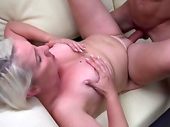 Amateur full mhm mom suck and fuck young cock