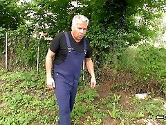 Hausfrau Ficken - nemški babica jebe njen mož na kamero