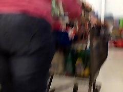 Storas farah khan sex video leake džinsai