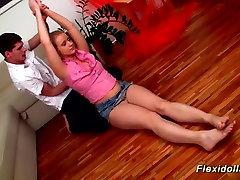 रियल किशोर गुड़िया फ्लेक्सी सेक्स