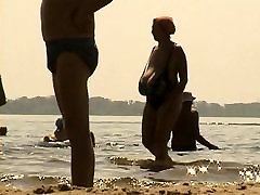 Fake ava addams cheats gizli siki and ass on the beach