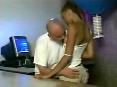 pumping dick fuck slave olgun kasar3 fucked by her boss