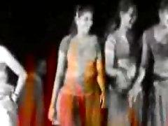 indian nude dance