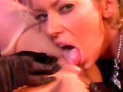 Horny babe going wild as she gets fucked hard by a dildo strap on