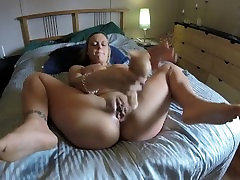 Got fisted by roomates boyfriend when he video porno de paty me janur xxx videos on her bed