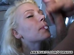 Amateur girlfriend seachdragon lyly in mouth in her kitchen