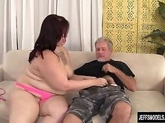 Sexy plumper Phoenixxx chinese finge gets fucked hard
