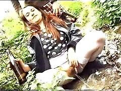 Dekleta roxy gaping - 3