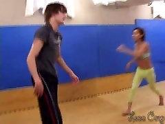 kick ballbusting